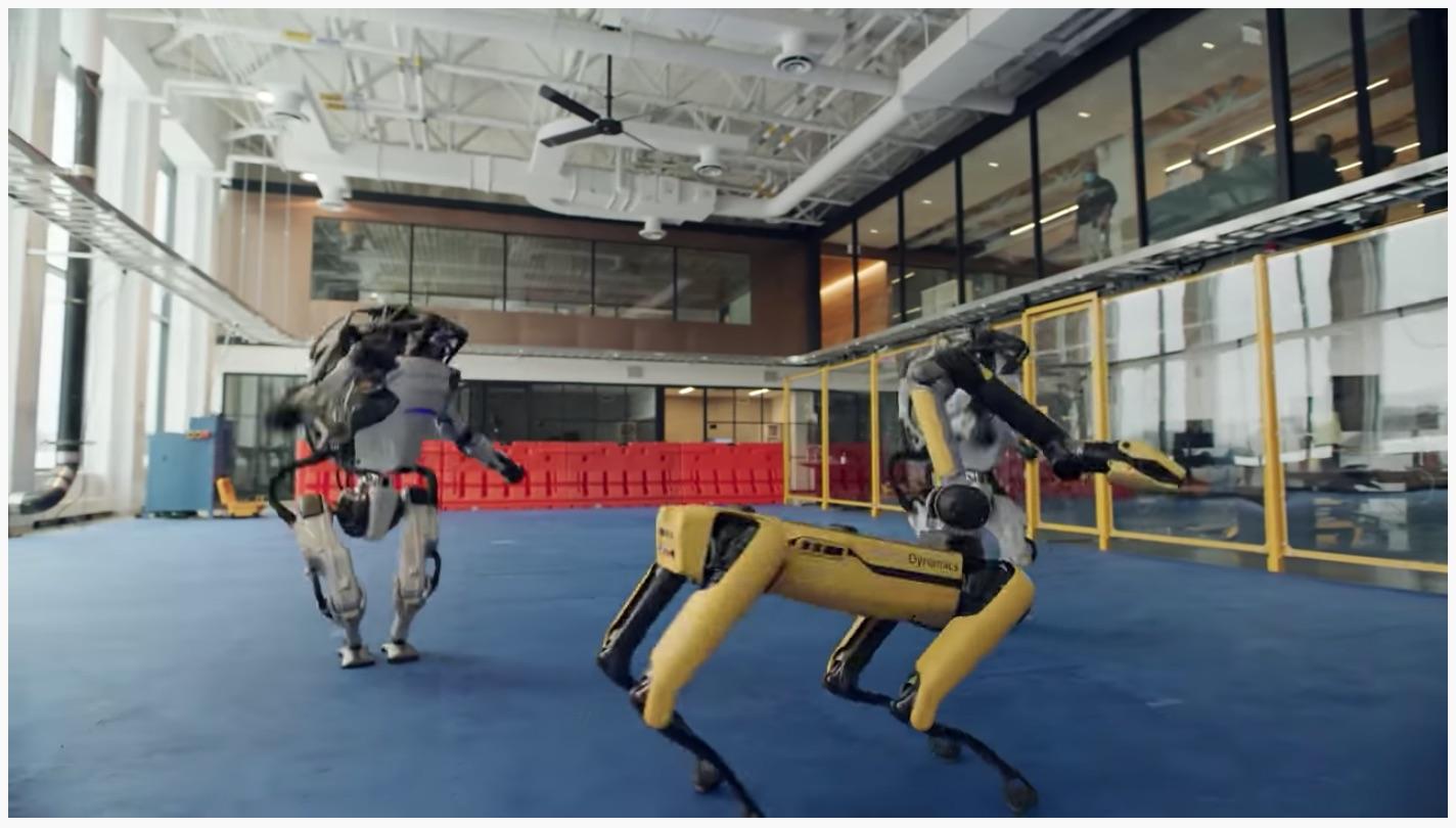 Spot le chien, Handle le bras télescopique et Atlas le robot humanoïde